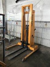 Lift Rite LT132 Hydraulic Pallet Jack