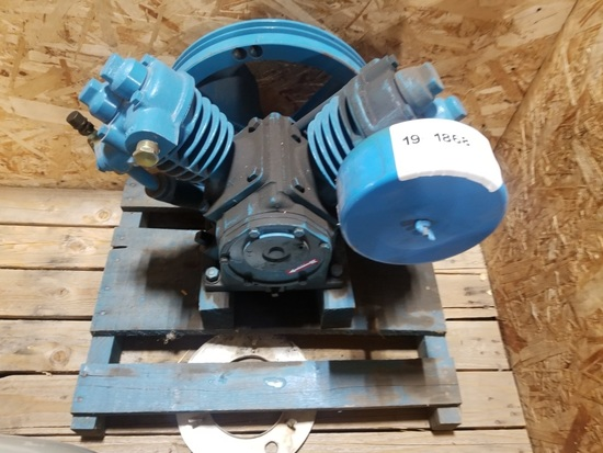 V-Twin Compressor Head
