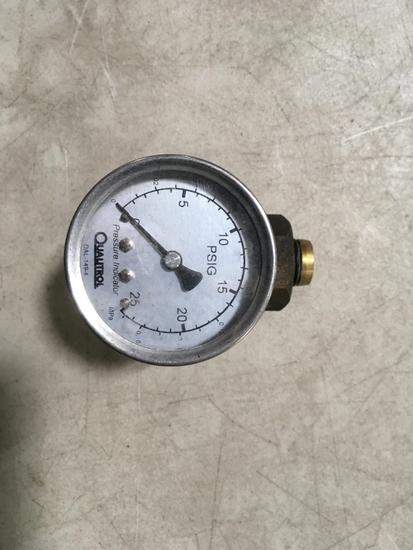 Quautrol MPa Pressure Gauges