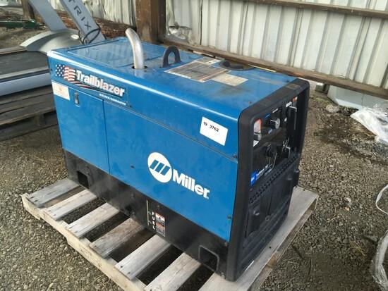 Miller Trailblazer 302 Welder/Generator