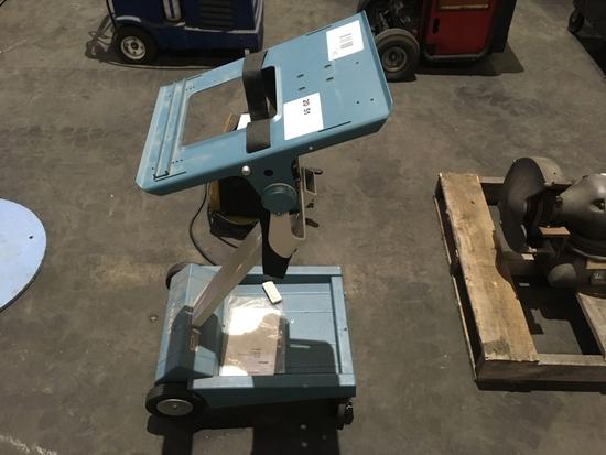Tektronix K212 Portable Instrument Cart