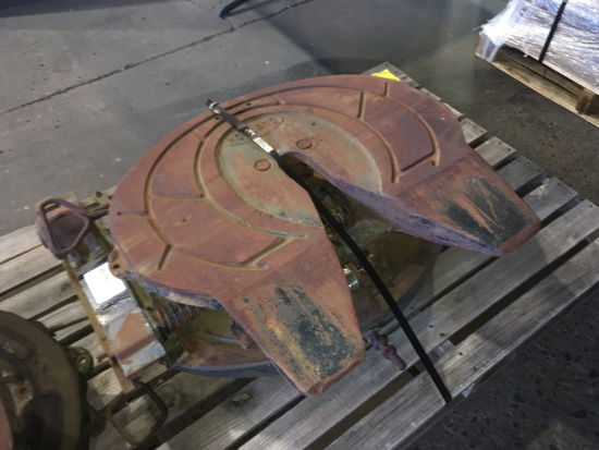 Holland 5th Wheel Plates, Qty. 2