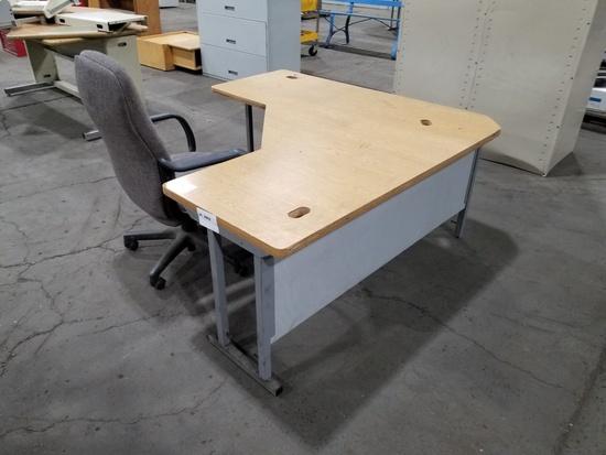Desk w/ Chair