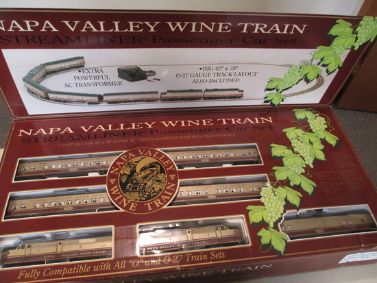K-Line Electric Trains Napa Valley Wine Train Streamliner Passanger Car Set