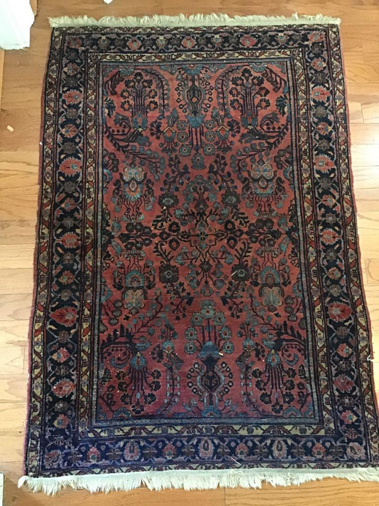 Oriental rug 39 x 58 inches