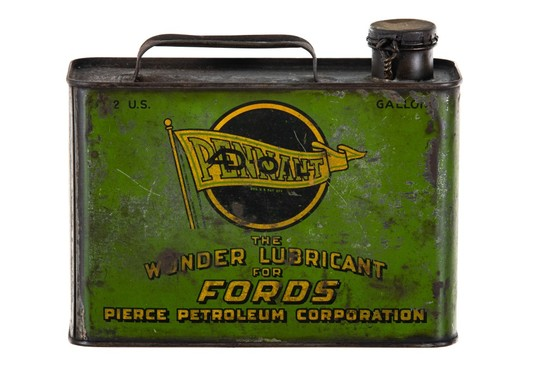 Pennant Motor Oil For Fords 1/2 Gallon Can