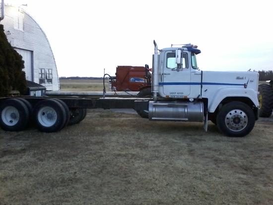 Semi Tractor