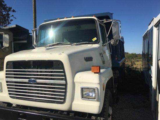 1989 Ford L8000 S/A Dump Truck