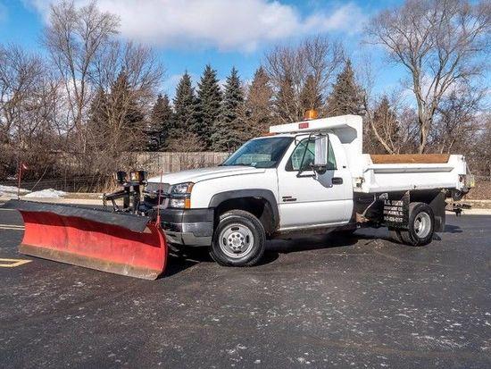2004 Chevrolet Silverado 3500 4X4 Dump **TRUCK PLOW & SALTER**