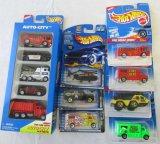 HOT WHEELS MINI TRUCK #227 Race /& Win Die-Cast Car MOC COMPLETE 2001