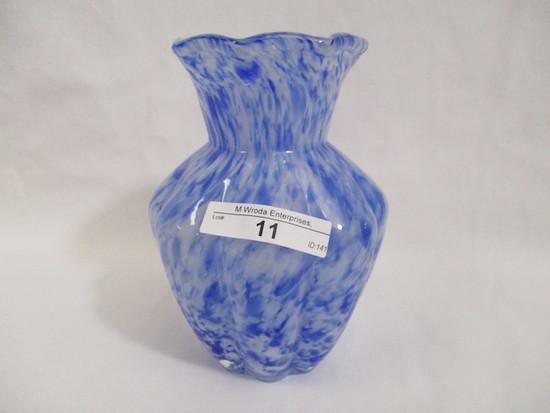 """Fenton 5"""" VAsa Murhina vase"""