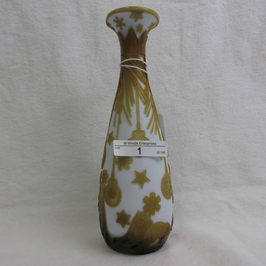 "Chris Carpenter Cameo 8"" bottle vase-""Tempting"" topaz/white-2 layers/5 shad"