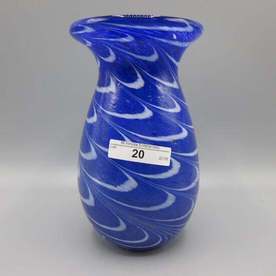 """Blue Art Glass 7"""" vase"""