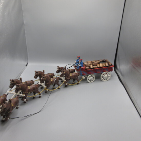 Cast Horse & Carriage set-Age? One figure needs repaired.