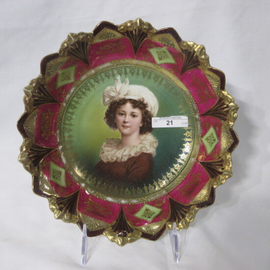 """RS Prussia 10"""" sawtooth mold bowl w/ Lebrun portrait. Nice gold and mauve d"""