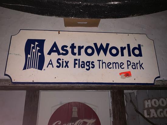 AstroWorld Entrance Sign