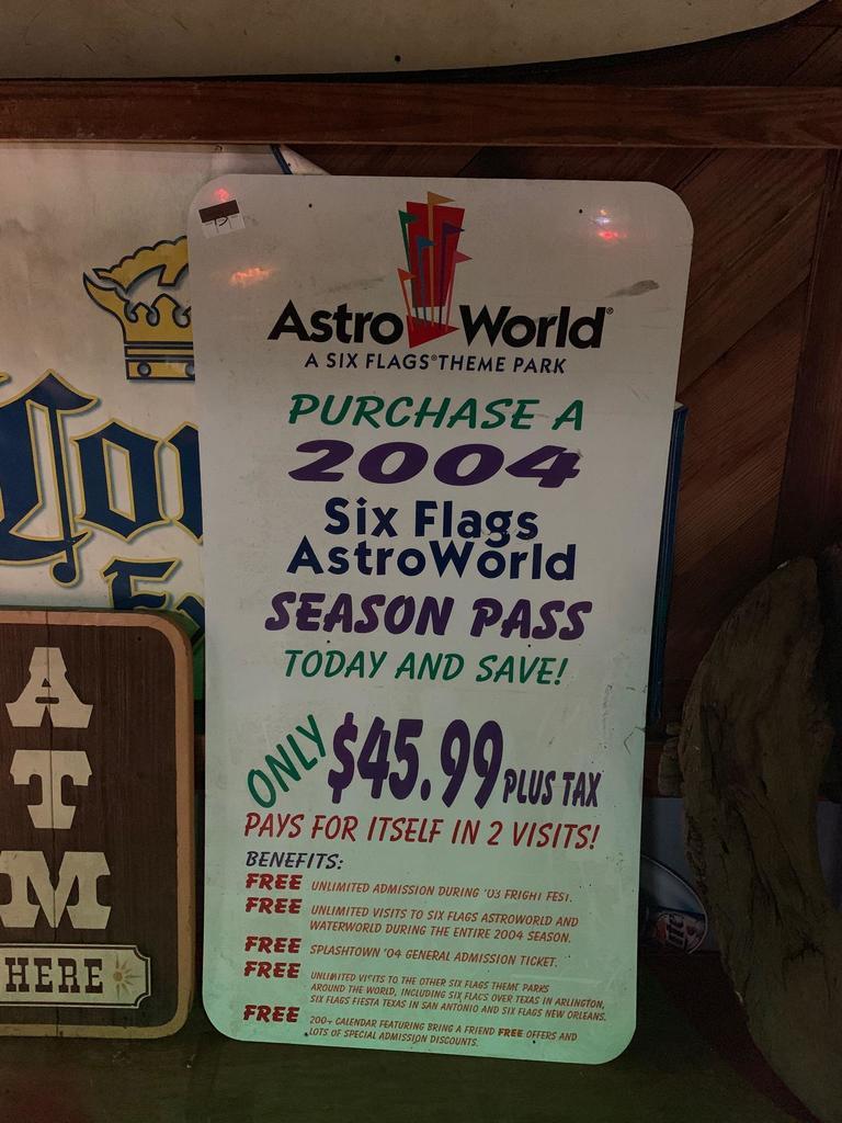 AstroWorld 2004 Season Pass Sign