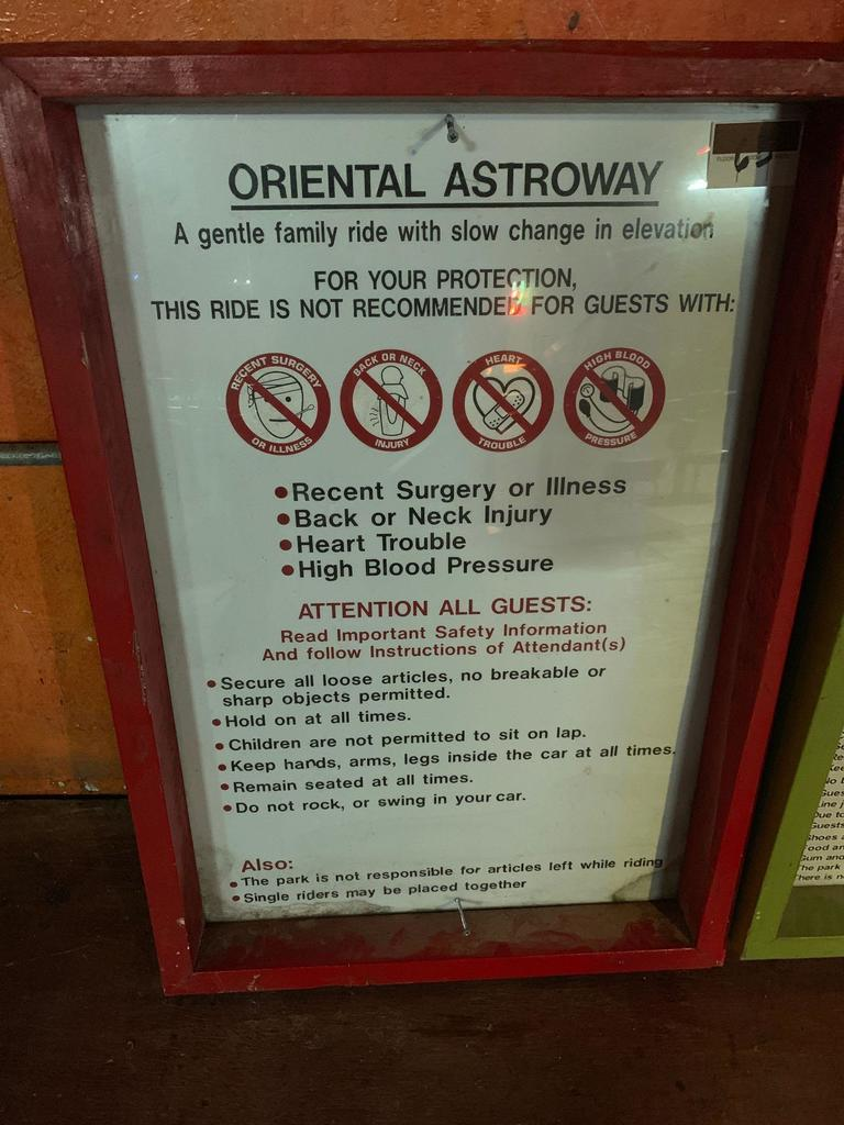Oriental Astroway Instructional Ride Sign