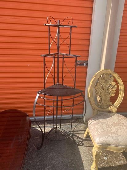 Corner curio table