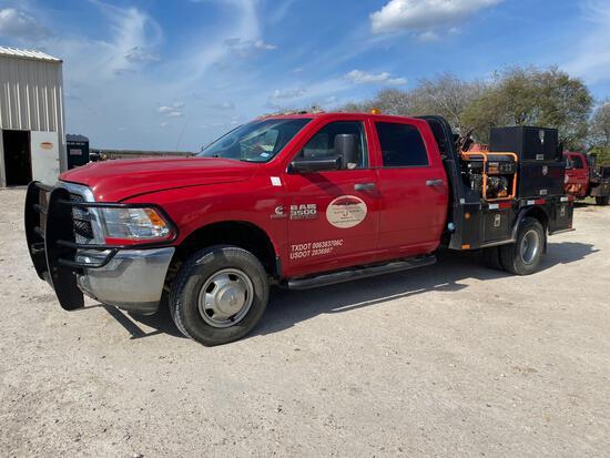 2014 Dodge Ram 3500 Crew Cab Flatbed Truck