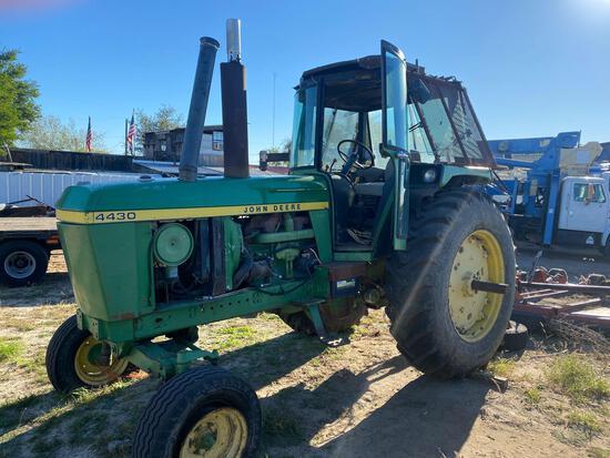 John Deere 4430 2wd Farm Tractor