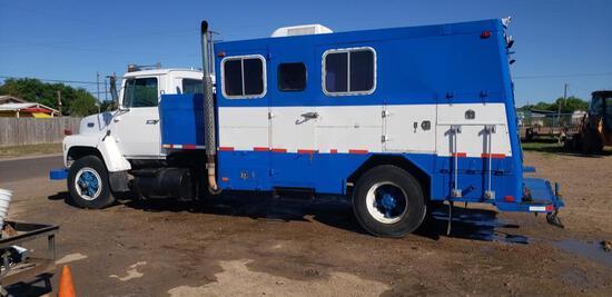 1988 Ford L8000 S/A Slickline Truck