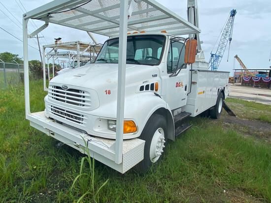 2001 Sterling Actera S/A Bucket Truck