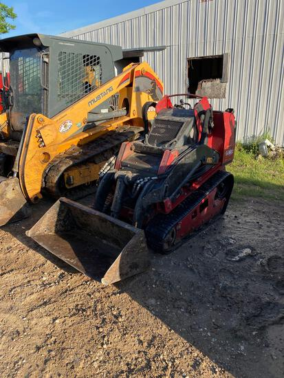2016 Toro 22328 Compact Track Loader