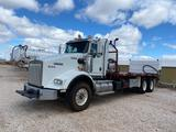 2011 Kenworth T800 T/A Oilfield Control Truck