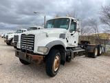 2013 Mack GU713 T/A Daycab Truck Tractor