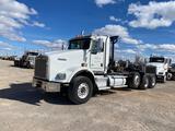2015 Kenworth T800 Tri/Axle Daycab Truck Tractor