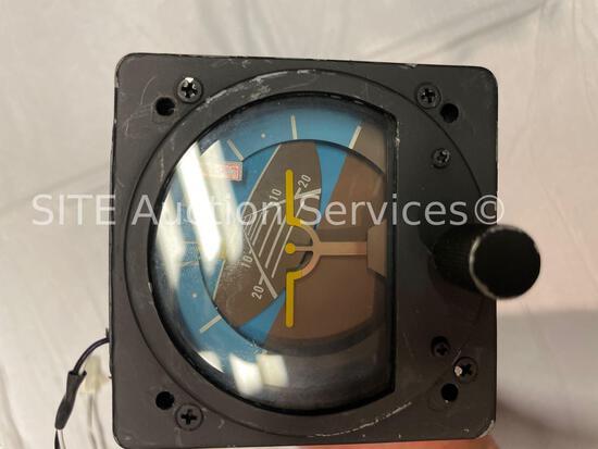RC Allen RCA22-11F Horizon Gyro Indicator