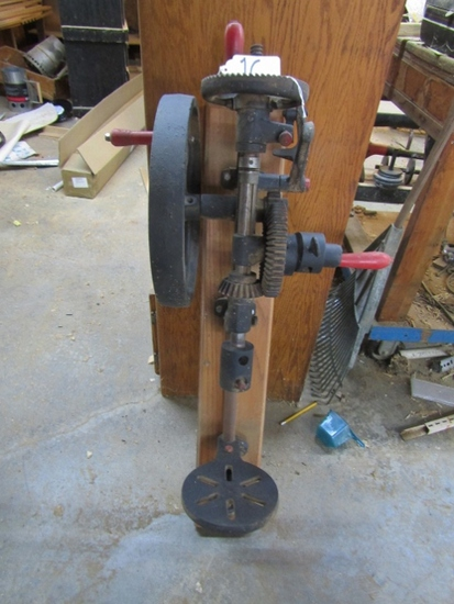 Antique Champion Blower And Forge Cast Iron Wall Mount Drill Press ( Pick Up Only )