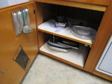 Double Cabinet Kitchen Lot  ( Pick Up Only )