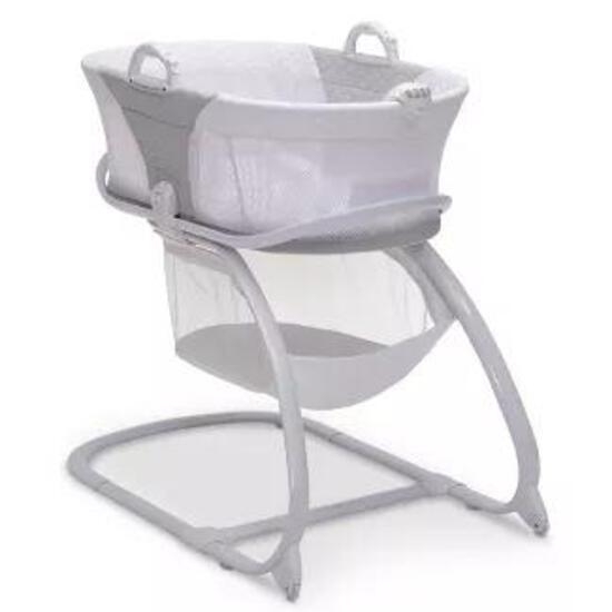 Delta Children 2-in-1 Moses Basket Bedside Bassinet Sleeper - Gray - $149.99 MSRP