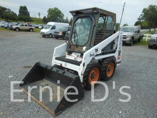 Bobcat 553 Skid Loader