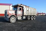 '89 KENWORTH TRI-AXLE W/ 19' ALUM DUMP AND LINER, 44,000 REARS, WIDE TIRES