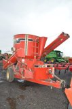 GEHL 125 GRINDER MIXER W/ SCALES, HYD DRIVE, LONG AUGER