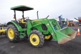 JD 5325 W/ 553 LOADER AND QUICK ATTACH BUCKET, 726 HRS,4WD, WHEEL WEIGHTS,