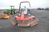 TORO REELMASTER 5200 D MOWER, DIESEL, 4WD, RUNS GREAT, MOWERS WORK