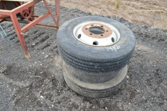LOT OF 3 TIRES: 235/75R17.5, 225/70R195, P205/70R15