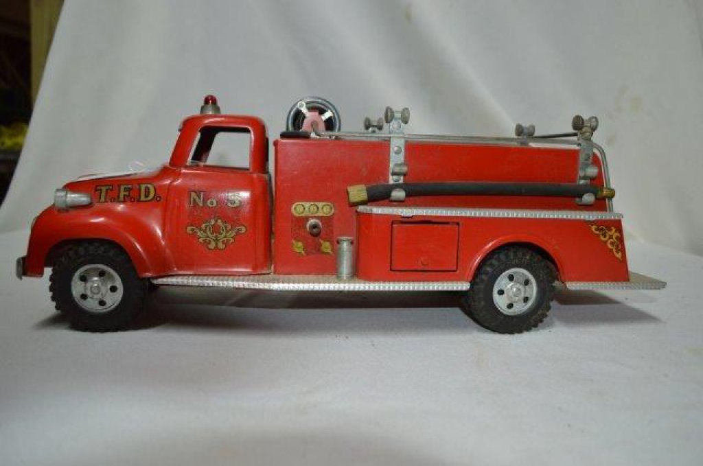 Tonka fire truck (from the late '50s)