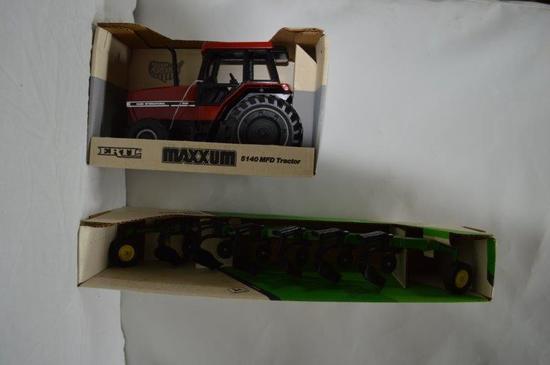 CIH Maxxum w/ JD plow (2 pieces)