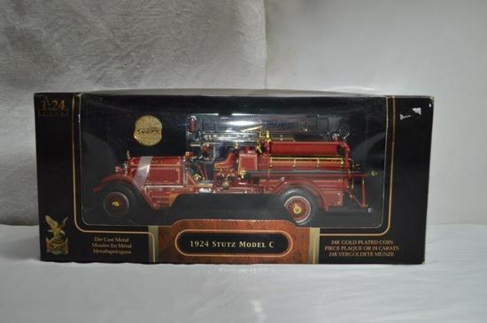 1924 Stutz Model C w/ 24K gold plated coin