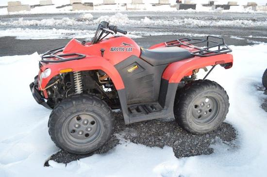 Arctic Cat 366 w/ 2,820 miles, 4wd, automatic