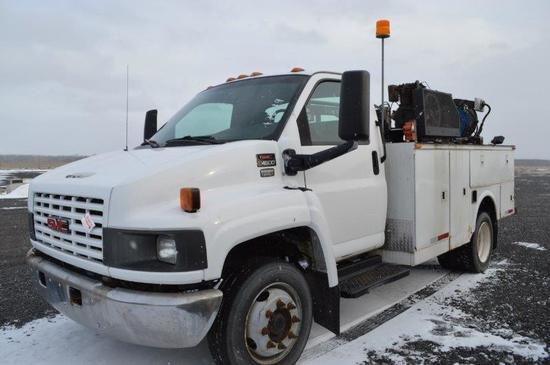 '03 GMC C4500 service truck, 6.6L Durmax diesel, Allison automatic trans, p