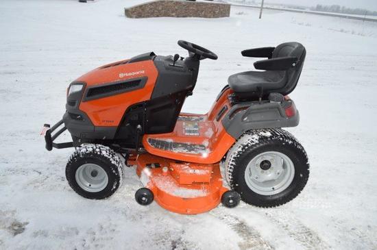 """'17 Husqvarna GT52XLS lawn mower w/ 52"""" deck, 2 hrs (Brand New!)"""