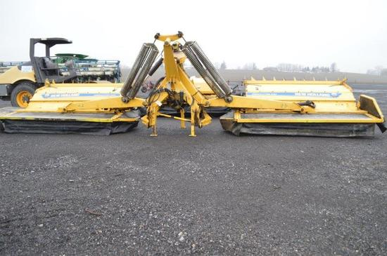 NH Mega Cutter 530 30' triple mower w/ controls,  manual & moniter in offic