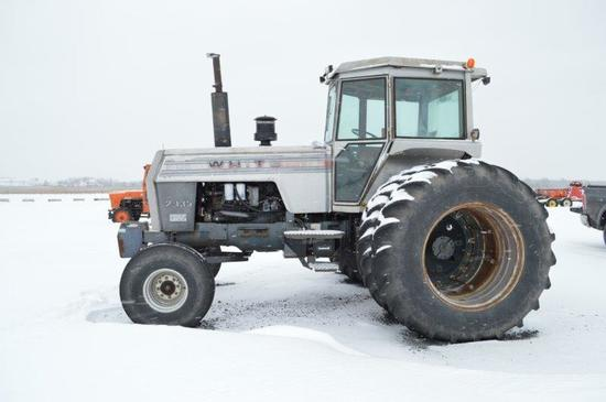 White 2-135 Field Boss tractor w/ 3 remotes, 540 PTO, 3pt. 2wd, 5- front we