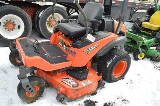 Kubota ZG327 zero turn lawn mower, w/ 60'' deck , 2,193 hrs, gas, (nice)